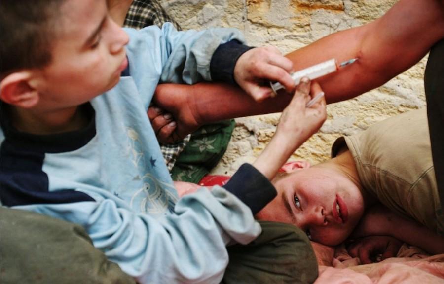 Наркомания среди подростков